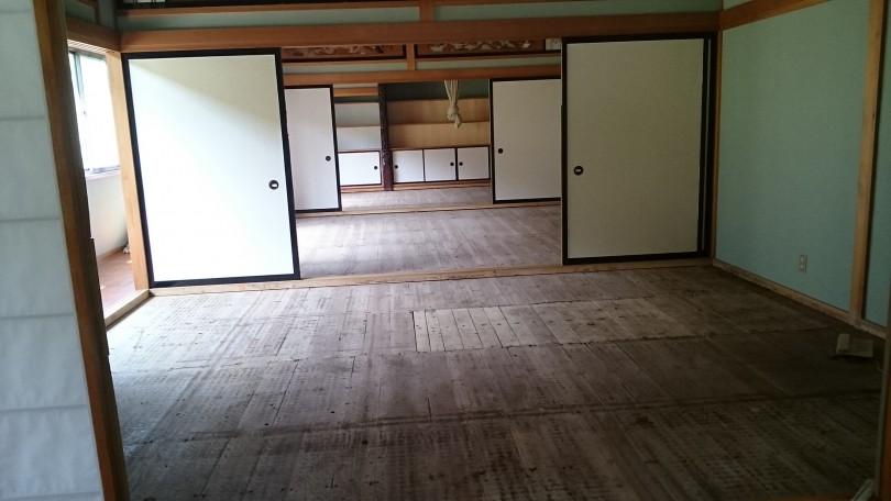 久しぶりに、一般家庭の3部屋和室の新畳入れ替えです❗